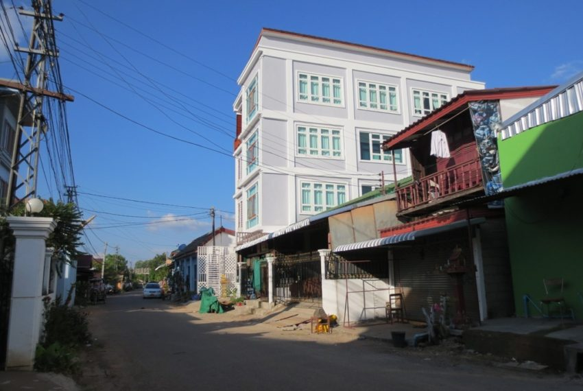 Apartment-realestateinlaos (20)