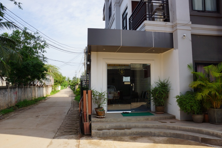Apartment-realestateinlaos (10)