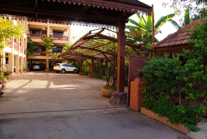Apartment-realestateinlaos (8)