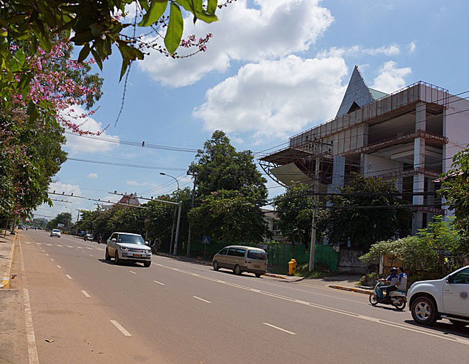Commercial in building in Vientiane (6)