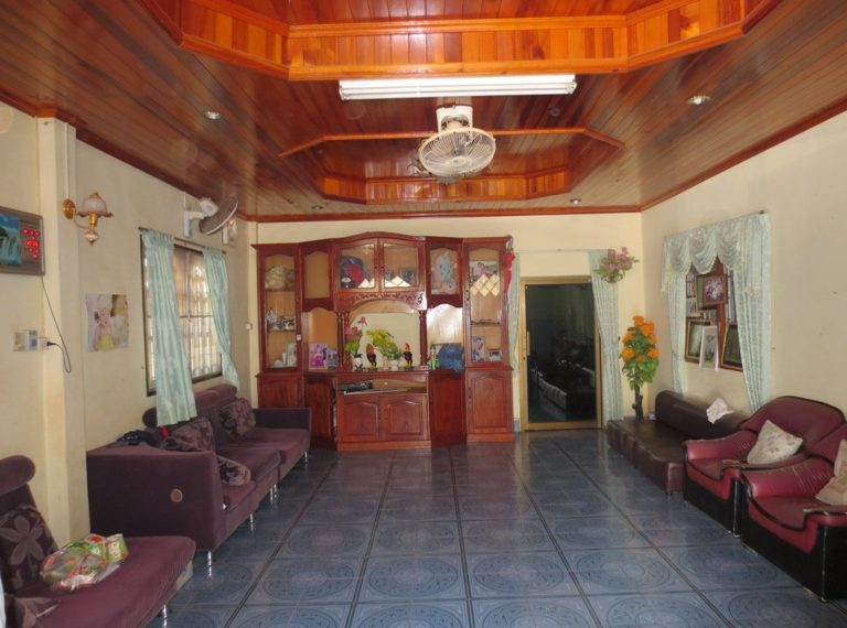House For Sale (13)