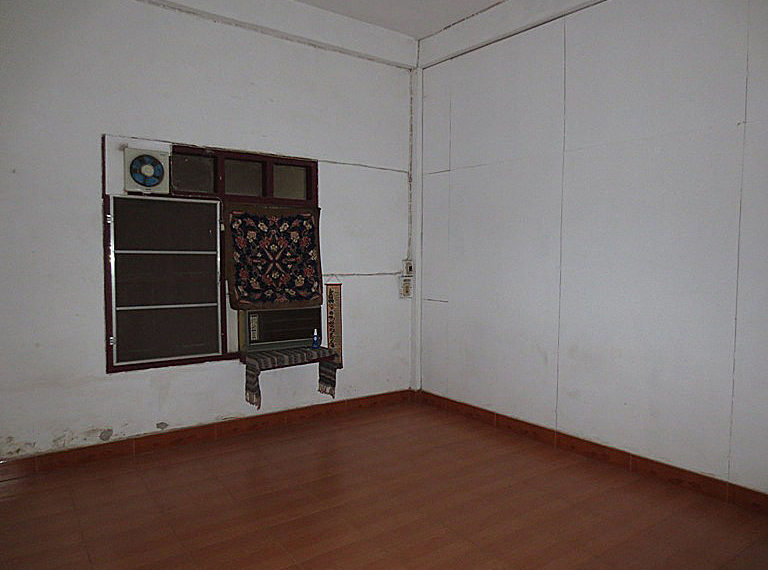 House for rent in Vientiane (9)
