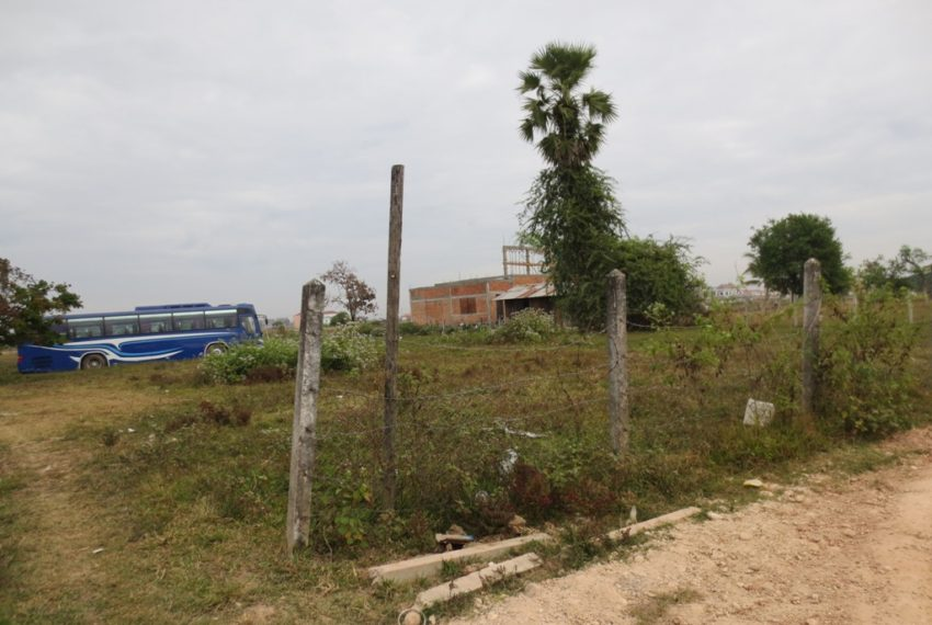 Land for sale (3)