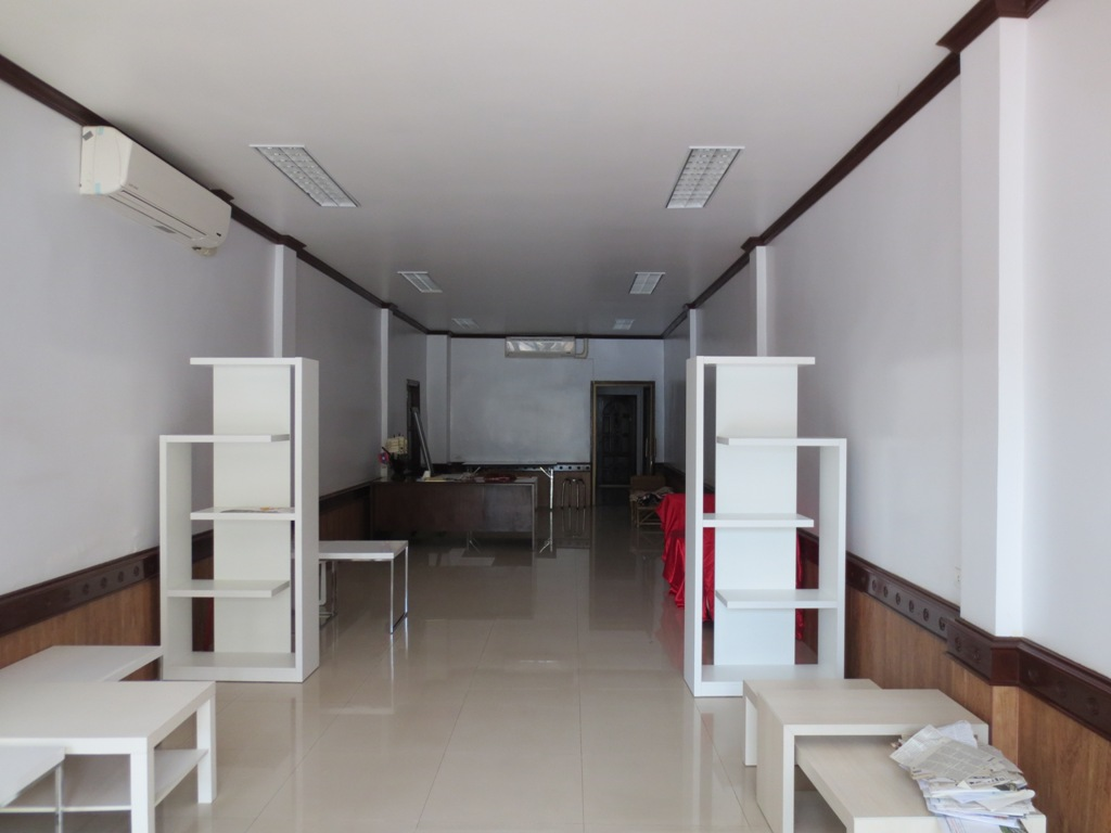 Commercial For Rent Real Estate Houses For Sale Rentals Commercial And Businesses For Sale At Realestateinlaos Com